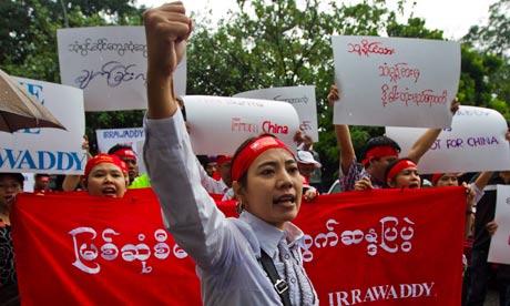 Burma-protest-against-Myi-007