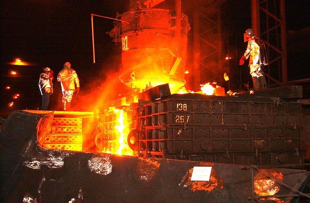 steel-mill-616536_640