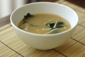 A-bowl-of-miso-soup