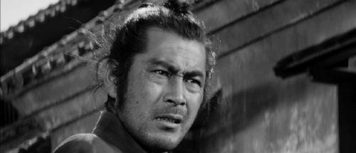 Yojimbo-1961-Toshiro-Mifune-pic-1