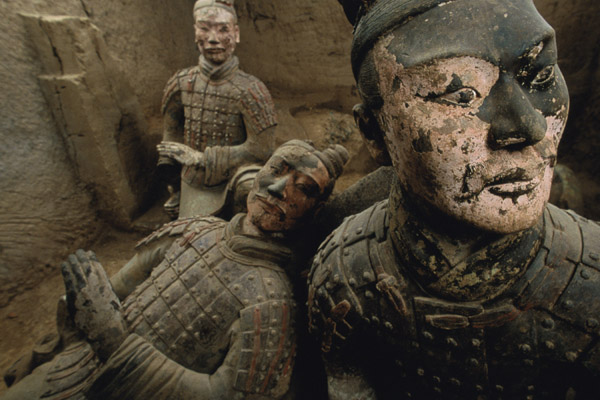 """PHOTO IS FOR YOUR ONE-TIME USE ONLY AS A TIE-IN WITH BOOK.  NO SALES.  NO ARCHIVES. Photo by O. Louis Mazzatenta/National Geographic Paint still clings to 2,200-year-old terra-cotta soldiers found in the tomb of China's first emperor.  This photo appears in """"Through the Lens: National Geographic Greatest Photographs."""""""